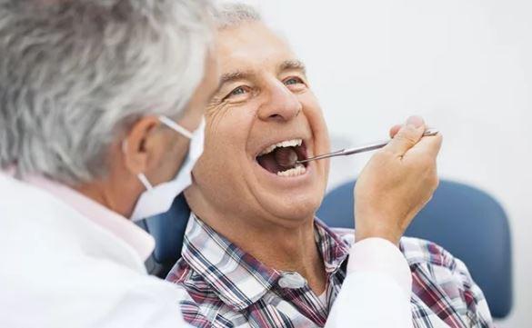 заболевания зубов у пожилых