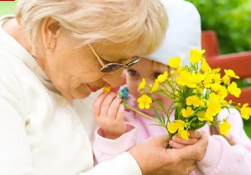 8 марта акция дом престарелых
